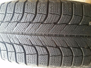 4 Michelin winter tires 205/60/16 with rim and cap