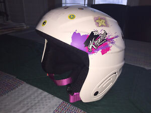Girl's winter sports helmet for 3 to 6 years old