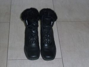 Ladies leather winter boots  6 1/2