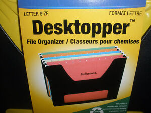 NEW!!!  Expanding Portable File and File Organizers London Ontario image 9