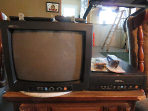 "13"" TV & VCR Kec Mobile"