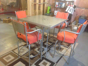 TRICA Outdoor Table w/ 4 Chairs London Ontario image 1