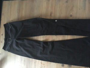 Lululemon Groove Pant Flare (XS-S) -- Valued over $90