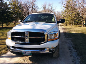 2006 Dodge Power Ram 2500 Mega cab Pickup Truck