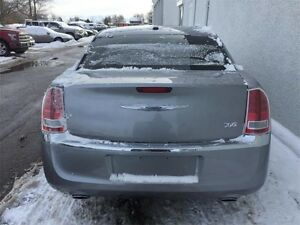 2013 Chrysler 300 Touring Peterborough Peterborough Area image 5