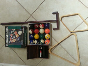 POOL TABLE ACCESSORIES Balls, Cues, Billiard Items, Sticks