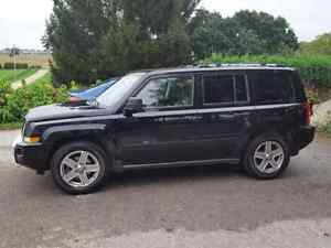 2007 Jeep Patriot Limited 4x4  Auto Loaded 155,000 km