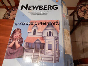 Newberg Doll house Windsor Region Ontario image 1