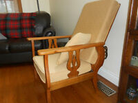 Antique Oak Arts Craft Morris Reclining Chair