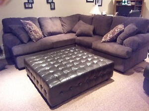 Ottoman coffee table sold ppu