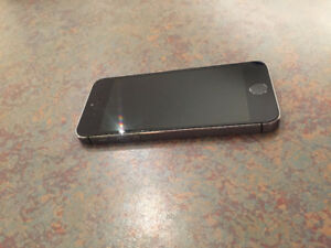 IPhone 5S 16 Gig Gray with Rogers