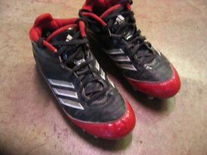Adidas football cleats (LIKE NEW)