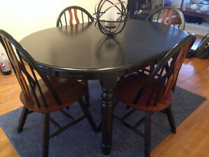 Solid wood dining set Peterborough Peterborough Area image 1