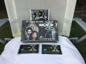 THE X FILES 1995 SERIES ONE SUPER PREMIUM TRADING CARDS. COMES WITH ORIGINAL BOX. BY TOPPS.