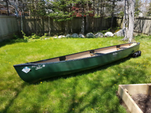 17 foot old town square back canoe