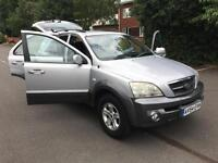 Kia Sorento 2.5CRDi XE. ONLY 134 K ON CLOCK. PULLS LIKE A TRAIN. MOT, 08/2017.