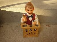 BAR ORNAMENT(HOLDS THE DRINKS ACCESSORIES)/BARTENDER ORNAMENT