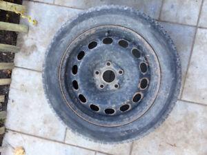 Jantes et pneus d'hiver P205/55/R16 pour jetta VW