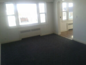 2 Bedroom Apt. $995/month in Trenton. Available July 1st!
