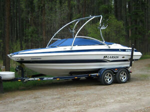 2006 LXI 208 WAKE EDITION  VERY LOW HOURS