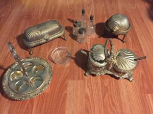 Vaisselle Antique.