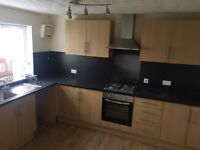 4 bed house abronhill