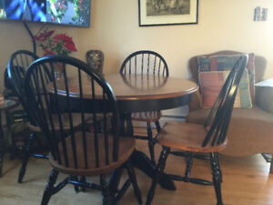 Wooden Dining Set 4 Chairs & 2Leafs