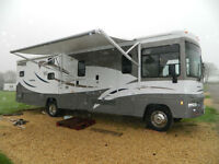 Winnebago Vista 33, 2010, 6 Berth, DISABLED ACCESS LIFT & DOOR, SATELLITE!