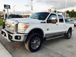 2011 FORD F-350 LARIAT CREW CAB 4X4 6.7L DIESEL TOP OF THE LINE!
