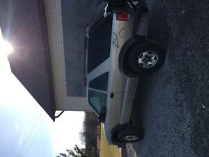 2005 Chevrolet Blazer ZR2 SUV, Crossover