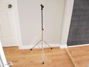 ADJUSTABLE INSTRUMENT MIKE STAND