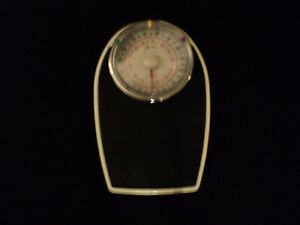 DOCTOR QUALITY SCALE ~  KILOS & POUNDS ~ RETRO LOOKING! Windsor Region Ontario image 3