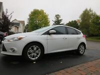 WOW 2012 Ford Focus SEL Hatchback avec SYNC