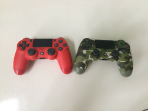 PS4 Controllers Barley Used Like mint condition
