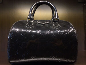LOUIS VUITTON - Black Epi Montana w/ Matching Wallet, Lockit