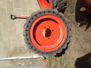 Bobcat rims with flat free tyres