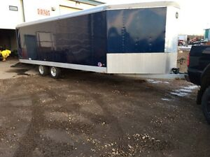 2005 Wells cargo 27ft enclosed tailer