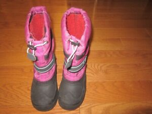 Kamik pink size 2  winter boots