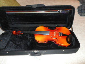 Violins / Fiddles from 450.00 to 650.00