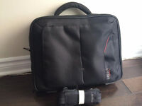 """ DELSEY 15.5"" Laptop Briefcase --------- NEW """
