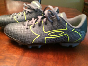 Under armour youth/kids cleats
