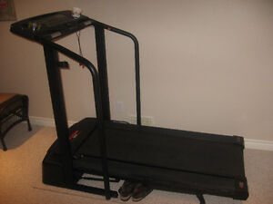 PRO FORM TREADMILL Kitchener / Waterloo Kitchener Area image 1