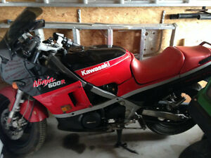 1985 KAWASAKI NINJA 600R  REDUCED!!!!!!!!!!!!!!!!!!!!!!!!!!!!!