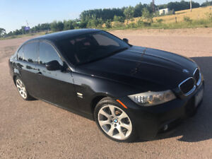 2011 BMW 335i xDrive M Sport - Priced to Sell!