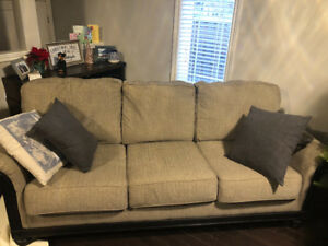 3 seater couch for sale. Only 2 years old in great condition!