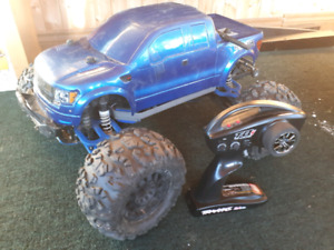 Brushless Traxxas E-Maxx