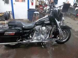 Harley Davidson   Street Motorcycle