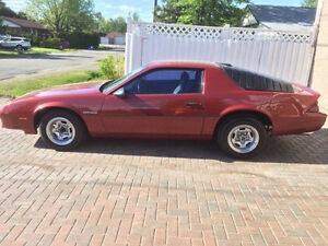 1987 Camaro Coupe - running condition, stored winters...
