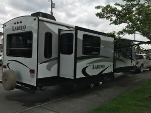2015 Keystone Laredo 322RL, Travel Trailer - Nearly New!