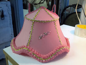 RARE VICTORIAN BED LIGHT  WITH HOOKS PINK SUPERB CONDITION